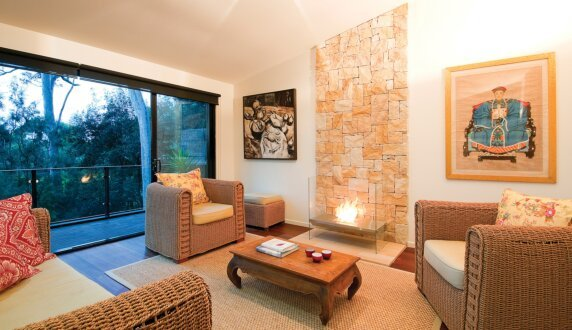 Private Residence - Igloo Designer Fireplace by EcoSmart Fire